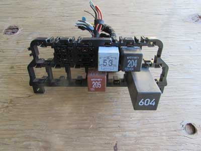 Audi TT MK1 8N Relay Box Holder Assembly 8N0937503