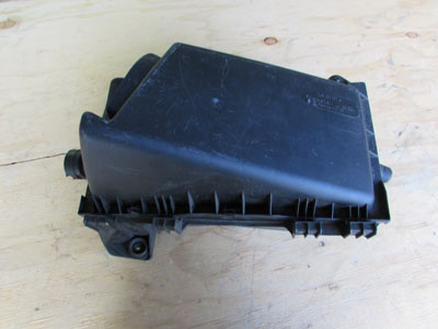 Audi TT Mk1 8N Air Intake Filter Box 8L9133837A