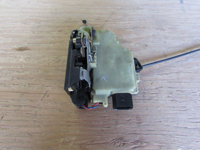 Audi TT Mk1 8N Door Lock Latch w/ Contact Switch, Right 8N1837016C