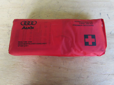Audi TT Mk1 8N First Aid Kit 8N0860282
