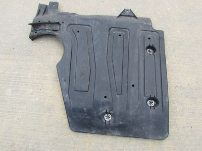 Audi TT Mk1 8N Fuel Tank Skid Plate Lower Trim Panel, Right 8N0825214C
