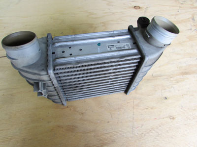 Audi TT Mk1 8N Valeo Intercooler, Left 8L9145805H