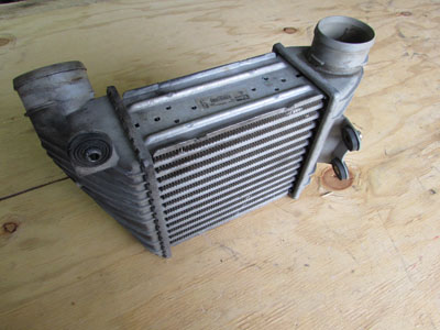 Audi TT Mk1 8N Valeo Intercooler, Right 8L9145806B