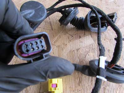 audi tt mk2 8j oem door wiring harness left 8j0971029ab. Black Bedroom Furniture Sets. Home Design Ideas