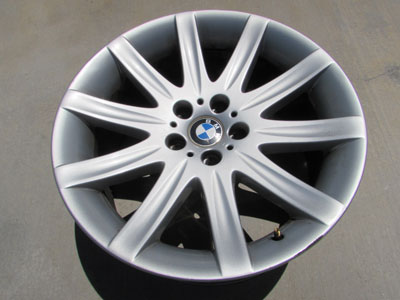 BMW 19x9 Front Rim Wheel Star Spoke 95 36116753241 E65 E66 745i 745Li 750i 760i