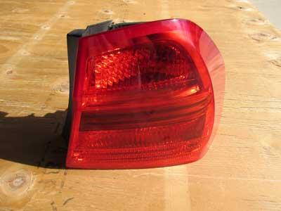 Bmw Brake Tail Light Right 63217161956 E90 323i 325i 328i