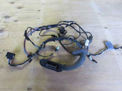BMW Door Wiring Harness, Front Right 61126947096 E90 E91 323i 325i 328i 330i 335i M3 Sedan Wagon Only