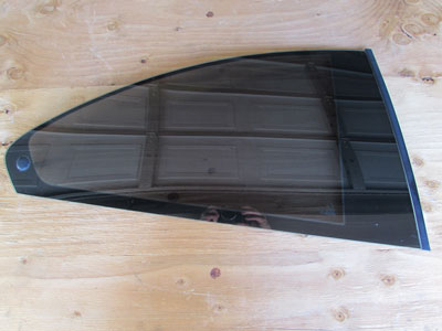 BMW Quarter Panel Vent Window Glass, Right 51368209404 E46 323Ci 325Ci 330Ci M3 Coupe Only