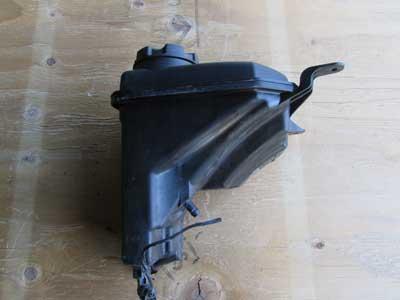 bmw radiator expansion overflow tank reservoir 17137567462. Black Bedroom Furniture Sets. Home Design Ideas