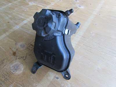 135I For Sale >> BMW Radiator Expansion Overflow Tank Reservoir 17137567462 ...