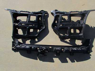 BMW Rear Bumper Guide Brackets 3 Piece Set 51127058519 E90 323i 325i 328i 330i 335i Sedan