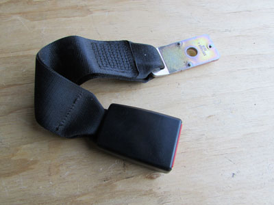 BMW Seat Belt Receiver, Rear Center 72117018249 E65 E66 745i 745Li 750i 750Li 760i 760Li