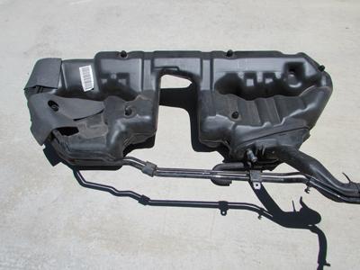 Mercedes    Fuel Gas Tank 2024707501 C220    C230    C280 C43 C35