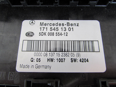 Mercedes R171 Electrical Center Fuse Block Box 1715451301 SLK280 SLK300 SLK350 SLK553 mercedes r171 electrical center fuse block box 1715451301 slk280 Circuit Breaker Box at bakdesigns.co