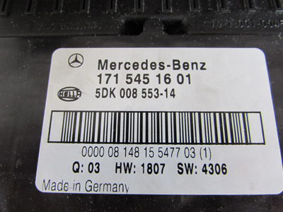 Mercedes R171 Fuse Box Electrical Center 1715451601 SLK280 SLK300 SLK350 SLK554 mercedes r171 fuse box electrical center 1715451601 slk280 slk300 Circuit Breaker Box at bakdesigns.co