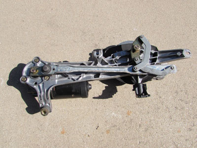 Mercedes windshield wiper linkage transmission w bosch for Mercedes windshield wiper motor